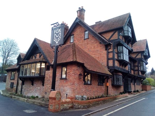 Fox & Hounds, Crawley