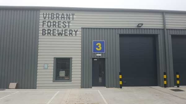 Vibrant Forest Brewery Bar, Bowling Green